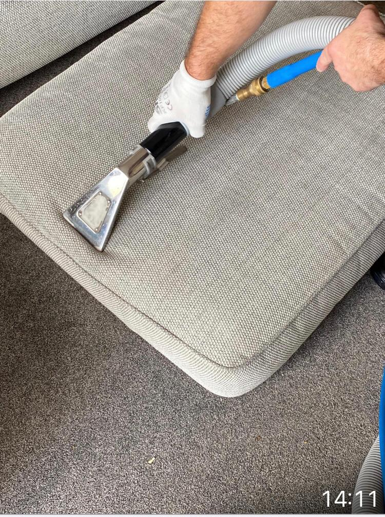 upholstery cleaning Aylesbury